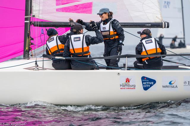 Inklusion auf dem Wasser – BAT Sailing Team auf der J70