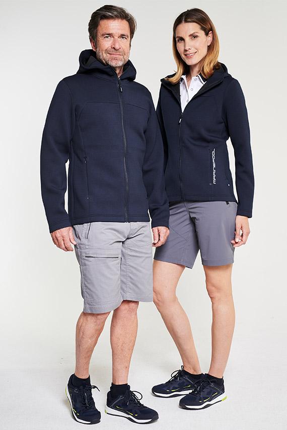 jack-bermudas-m-grey+gordon-premium-polo-m-withe+neo-jacket-m-navy_wrap-light-bermudas-w-grey+ivy-premium-polo-w-withe+neo-jacket-w-navy_B29_ 3